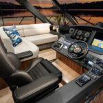 Riviera-5400-Sport-Yacht-Helm-02