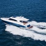 Riviera-5400-Sport-Yacht-Running-11