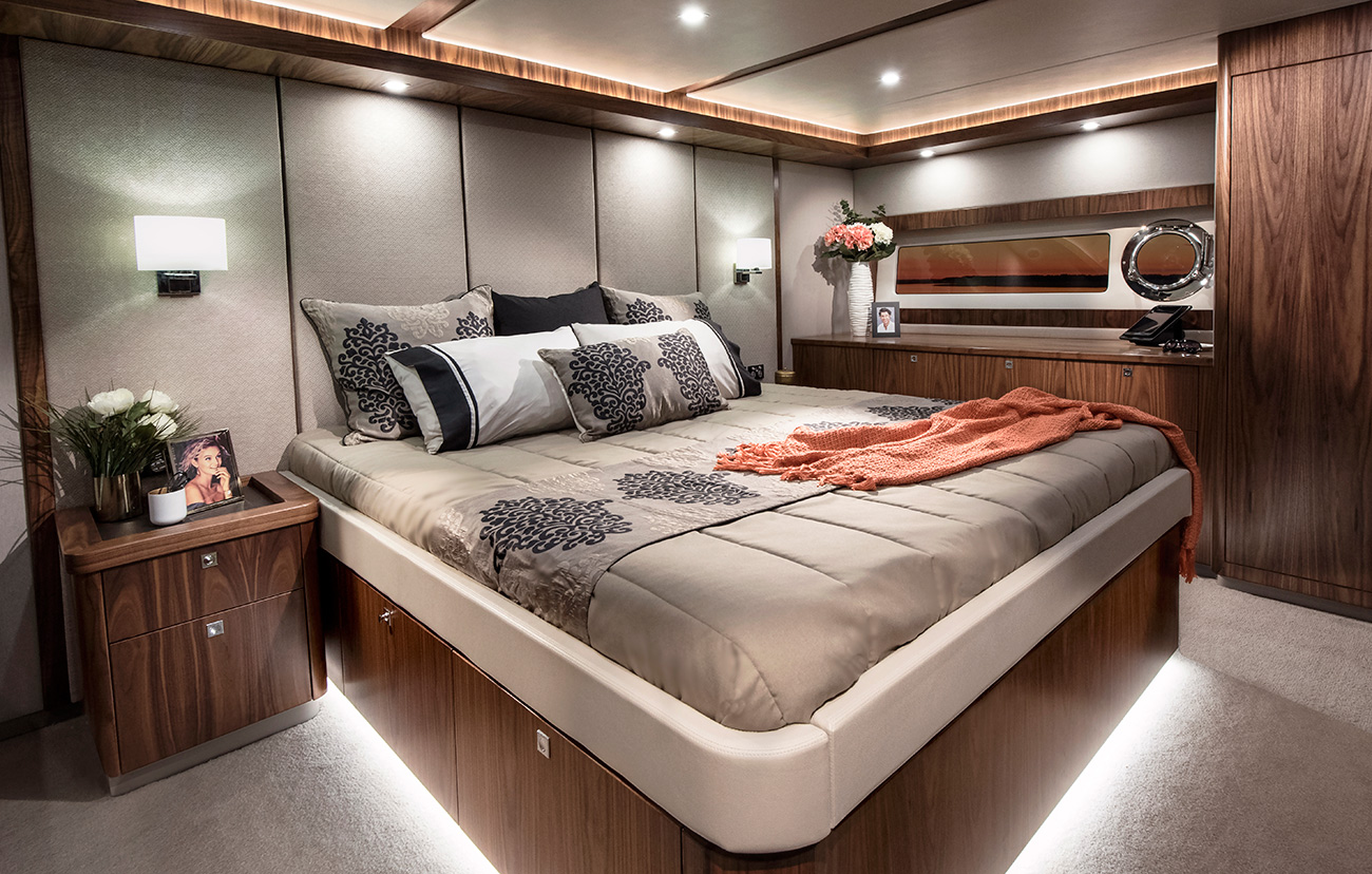Riviera-68-Sports-Motor-Yacht-Presidential-Master-Stateroom