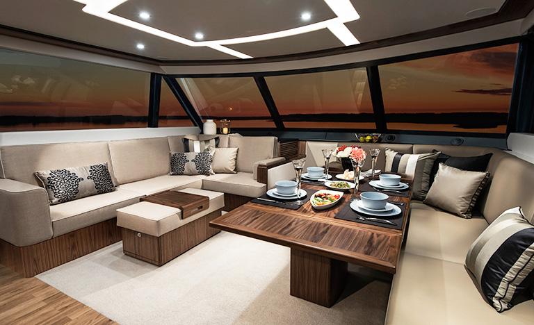 Riviera-68-Sports-Motor-Yacht-Saloon-03