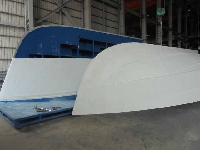 The Belize 66 hull plug splits along the centreline.