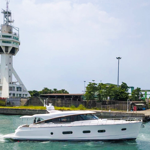 Magnificent new Belize 66 powers towards her World Premiere
