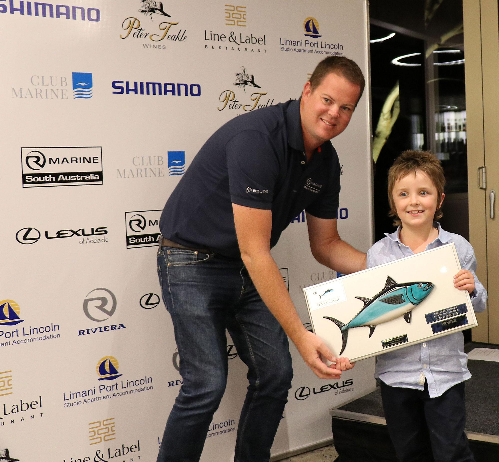 2018 Champion Small Fry Harry Czabayski received his award from Daniel Westbury.