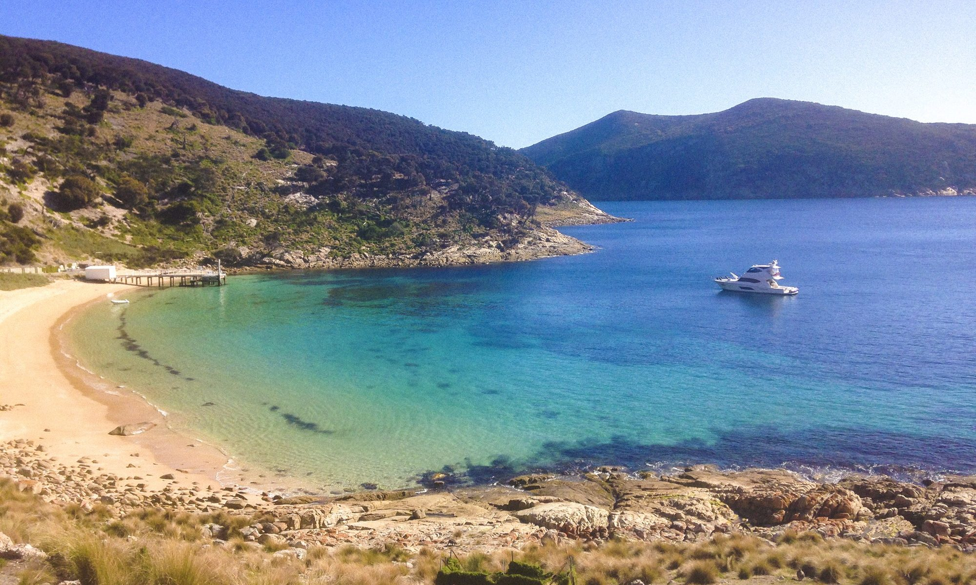 LIVING THE RIVIERA DREAM – David and Lis Paton – three years cruising Tasmania